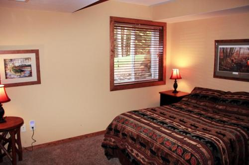 double and single bedroom lower level
