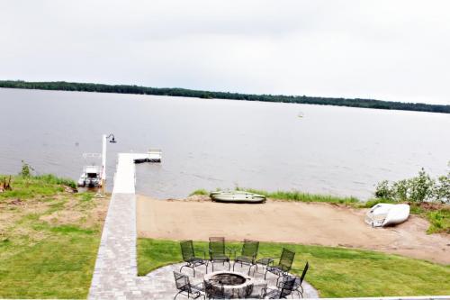 level easy lake access